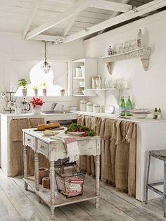 100 Best Kitchen Design Ideas - Pictures of Country Kitchen Decorating Inspiration Smart Kitchen, Modern Kitchen Cabinets, Kitchen On A Budget, Kitchen Ideas, Awesome Kitchen, Shabby Chic Kitchen, Farmhouse Kitchen Decor, Country Kitchen, Earthy Kitchen