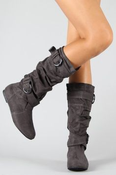 Yes I do need a pair of gray boots :)