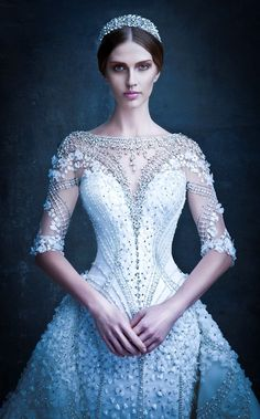 Winter Themed Ideas for the Aisle-Perfect Bride Michael Cinco Wedding Gown Beautiful Gowns, Beautiful Outfits, Gorgeous Dress, Michael Cinco Couture, Bridal Gowns, Wedding Gowns, Lace Wedding, Perfect Bride, Princess Wedding Dresses