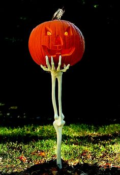 40 Easy and Creative Outdoor Halloween Ideas | My desired home