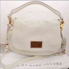 LIKE NEW Marc by Marc Jacobs Classic Q lil Utika Gorgeous white birch buttery soft pebbled leather bag with removable, adjustable cross body strap. Top flap with magnetic closure. Like new inside and out. No stains, rips , scratches or tears. Come with original tags and dust bag. Less on Ⓜ️ trades Marc by Marc Jacobs Bags Satchels