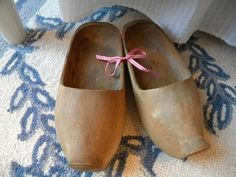 I love wooden shoes. Fill them with lovely greens or use just by themselves.