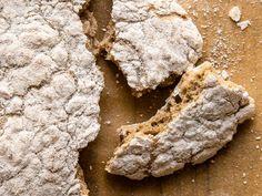 Christina Bauers herzhaftes Schüttelbrot Brownies, Stuffed Mushrooms, Food And Drink, Cookies, Chocolate, Baking, Vegetables, Desserts, Powder