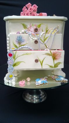 Jewelry Box Cake #Provestra #Skinception #coupon code nicesup123 gets 25% off