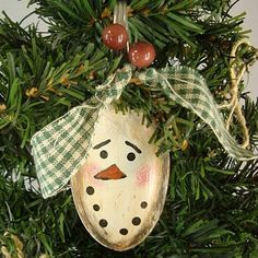 Not as cute as the fork santas, but cute! Country SNOWMAN Ornament SPOON Hand Painted Prim OOAK