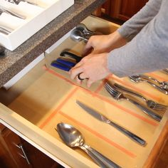 Make Custom DIY Drawer Dividers! Make Custom DIY Drawer Dividers!,Design Learn how to make DIY drawer dividers for your silverware and utensils. This is the perfect kitchen organization idea to get your drawers organized. Diy Kitchen Storage, Diy Kitchen Cabinets, Home Decor Kitchen, Diy Storage, Kitchen Hacks, Diy Kitchen Ideas, Storage Ideas, Kitchen Modern, Kitchen Backsplash