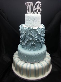 4 tier wedding cake - different flavours for each tier, including a traditional fruit layer, chocolate, vanilla and lemon cakes :-) Blue Roses Wedding, Cream Wedding Cakes, 4 Tier Wedding Cake, Wedding Cake Bakery, Wedding Cake Roses, Amazing Wedding Cakes, Wedding Cake Designs, Wedding Ideas, Strawberry Cream Cakes