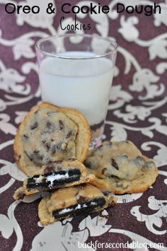 Oreo Stuffed Cookie Dough Cookies #oreo #cookiedough #cookies #dessert #easy sweets dessert treat recipe chocolate marshmallow party munchies yummy cute pretty unique creative food porn cookies cakes brownies I want in my belly ♥ ♥ ♥