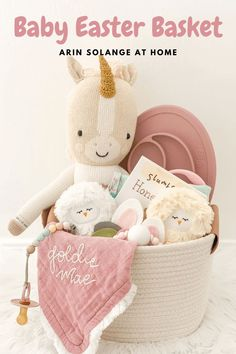 Easter basket fillers sure to make baby boys & girls both thrilled. Check out this post for all the details and links on the best Baby Easter Basket ideas! Boys Easter Basket, Easter Baskets, Gift Baskets, Easter Gift, Easter Crafts, Easter Baby, Girls Christmas Outfits, Basket Ideas, Baby Gifts