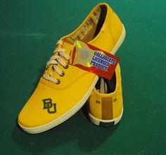 Our new #Baylor yellow men's pair! #sicem @College Kicks Kicks