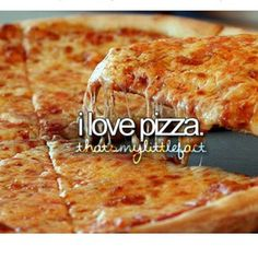 Especially pizza with the tomatoes and all that stuff we eat in Europe. It's normal to put tomatoes in pizza!