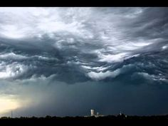 Storm Chaser Films Rolling Cloud Formations That Make You Feel like You're Underwater