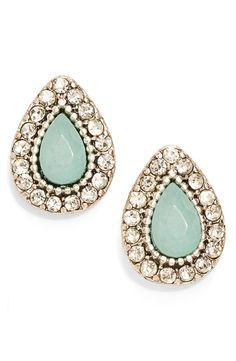 Add a touch of sparkle to any look with these stud earrings from Samantha Willis!