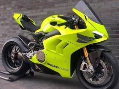 Best Motorbike, Motorbike Design, Moto Ducati, Biker Boys, Four Wheelers, Harley, Super Bikes, Ferrari 458, Bike Life