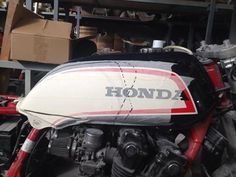 #hondacb900f project original gas tank ready to be cut and modified. #honda #hondacaferacer #tank # kompotech