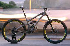 2017 Yeti SB 5.5c a la worldwide cyclery LA - Troydon_Murison's Bike Check - Vital MTB