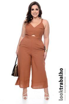 Macacão Plus Size Cassidy Chubby Fashion, Girl Fashion, Fashion Outfits, Grunge Fashion, Retro Fashion, Plus Size Fashion For Women, Plus Size Women, Curvy Outfits, Plus Size Outfits