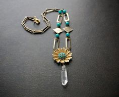 Turquoise Daisy Pendant Necklace with Natural Quartz by BevaStyles Quartz Jewelry, Vintage Jewelry, Unique Jewelry, Jade Beads, Collar, Gold Chains, Clip On Earrings, Turquoise Bracelet, Daisy