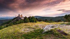 Sunrise at Bathory castle by Ľuboš Balažovič Nature Pictures, Animal Pictures, Beautiful Pictures, Beautiful Things, Animal Photography, Travel Photography, Gods Creation, Medieval Castle, Animals Beautiful