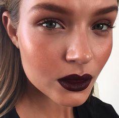 Holiday and winter makeup inspiration: dark purple lipstick