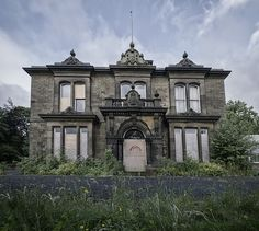 Wow, this abandoned house mansion is stunning! And haunted! Probably