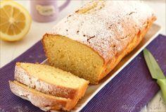 Il Plumcake al limone e panna è un dolce veloce da preparare, molto soffice e molto profumato. Piace davvero a tutti ! Ottimo a colazione o a merenda.