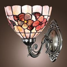 Antique Inspired Wall Light in Tiffany Style - Floral Pat...