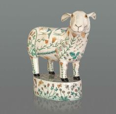 Georgina Warne, Sheep Stoneware glazed with hand painted detail Ceramic Clay, Ceramic Pottery, Pottery Art, Ceramic Animals, Clay Animals, Plastic Animals, Pottery Sculpture, Paperclay, Contemporary Ceramics