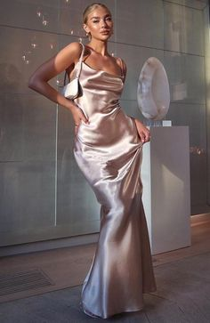 Penelope Maxi Dress Blush - Willow Wrap Dress Champagne – White Fox Boutique USA Source by rodriguezvianca - Prom Outfits, Classy Outfits, Pretty Prom Dresses, Beautiful Dresses, Maxi Dress With Sleeves, The Dress, Silky Dress, Long Silk Dress, Silk Formal Dress