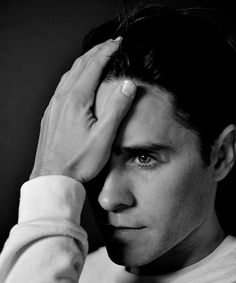 Texas Independence Day? Oh no. March 2 is now known as Jared Leto Chin Independence Day. Buh-bye, beard. The famously hirsute actor has, according to Instagram, cut off his long mane and shaved his beard. So long, Yeti. Hello, Jordan Catalano....