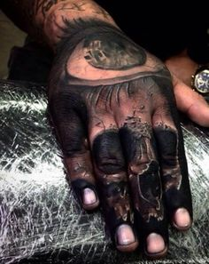 This skull is so, so sick looking. #InkedMagazine #skull #handtattoo #tattoos #Inked #Ink 3art