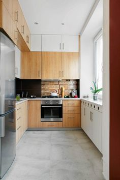 top cabinets same colour as the wall - nice House 2, Interior Architecture, Kitchen Cabinets, Wood, Kitchens, Interiors, Colour, Home Decor, Places