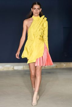 Thomas Tait Spring 2015 Ready-to-Wear Fashion Show - Catarina Santos (FM)