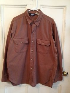 Nice cotton Woolrich work shirt in Men's Size XL. Heavy duty. Quality. Made in USA.