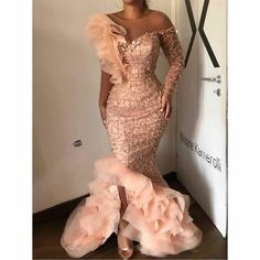 Asoebi Styles Beautiful and Latest Samples African Prom Dresses, African Wedding Dress, Latest African Fashion Dresses, African Print Fashion, Ankara Fashion, Aso Ebi Lace Styles, Lace Gown Styles, African Lace Styles, Nigerian Dress Styles