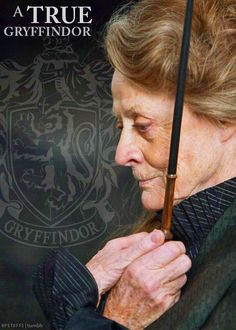 "a true gryffindor ! McGonagall (Maggie Smith) is one amazing lady! ""During the years of Dame Maggie Smith (Professor McGonagall) continued to film the final Harry Potter movies, all while battling Breast Cancer. Maggie Smith, Movies Quotes, Hp Movies, Harry Potter Films, The Golden Trio, Hermione Granger, Fandoms, Film Serie, High Fantasy"