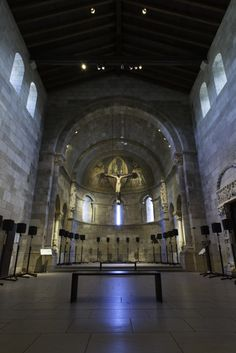 Janet Cardiff: The Forty Part Motet. The Metropolitan Museum of Art, New York. On view in the Fuentidueña Chapel, The Cloisters, September 10–December 8, 2013 #Cloisters #contemporaryart