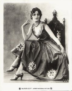 Mary Astor May 4, 1906-Sept 25, 1987. Mary Astor in publicity photo for The Wise Guy (1926).
