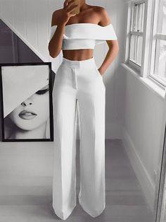 Combinaison longue palazzo 2 pièces avec poches off épaule mode élégant femme blanc Suit Fashion, Fashion Pants, Look Fashion, Fashion Dresses, Fashion Jumpsuits, Sexy Fashion Style, Ladies Fashion, High Fashion, Formal Fashion