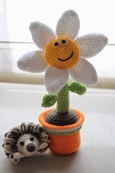crochet flowers in pots see more ideas http://lomets.com/pin/crochet-flowers-in-pots/