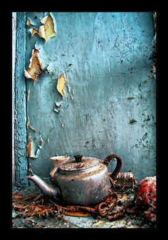 No one for tea. Photography Anne Costello