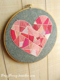 Geo Style Heart Hoop Art - and 19 other fun valentines crafts! Geometric Embroidery, Hand Embroidery Art, Cross Stitch Embroidery, Embroidery Patterns, Diy Crafts To Do, Diy Arts And Crafts, Handmade Crafts, Valentine Crafts, Valentines