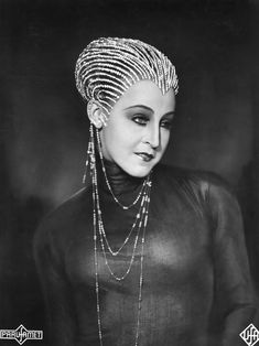 Brigitte Helm in in Fritz Lang's 1927 silent film 'Metropolis' with the Yoshiwara Costume