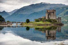 Scotland,-Eilean-Castle_small