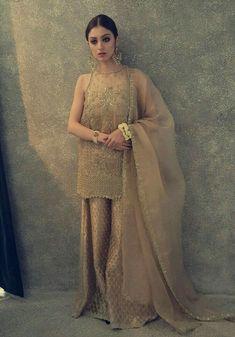 Neha Rajpoot wearing beautiful embroidered bridal lehanga and shirt Pakistani Wedding Outfits, Pakistani Wedding Dresses, Pakistani Dress Design, Bridal Outfits, Indian Dresses, Pakistani Couture, Indian Outfits, Eastern Dresses, Nikkah Dress