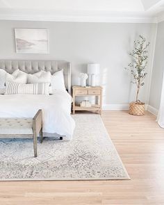 After a long day our Floral Ornament rug can make your bedroom look and feel like a sanctuarya quiet cozy place to. Bedroom Inspo, Home Decor Bedroom, Neutral Bedroom Decor, Spare Room Paint Ideas, Paint Colors Master Bedroom, Paint Colours For Bedrooms, Bedroom With Couch, Painting Bedrooms, Simple Bedroom Decor