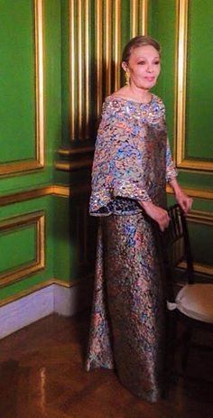 Noblesse et Royautés:  Empress Farah celebrated in honor of the upcoming Iranian New Year, March 2015