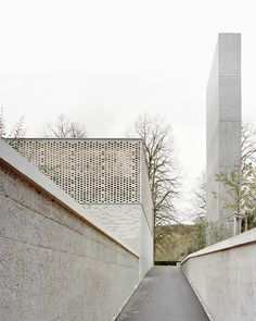 Gallery of Crematory in Basel / Architekturbüro Garrigues Maurer - 2