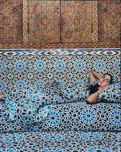 Lalla Essaydi - Harem No. 18 (triptych),  2009 Marocco