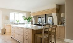 Henley Oak Kitchen   Neptune